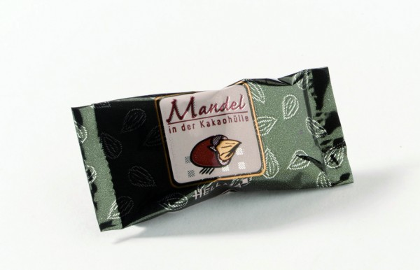 Hellma Mandel in Kakaohülle 30 x 2,4g | CaterPoint.de